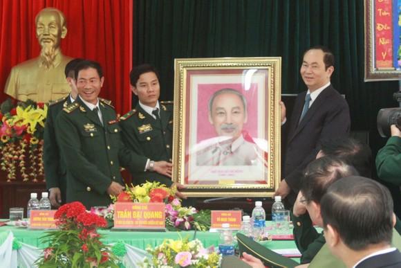 Chủ tịch nước Trần Đại Quang thăm, chúc tết đồn biên phòng, xã biên giới tại GIa Lai ảnh 2