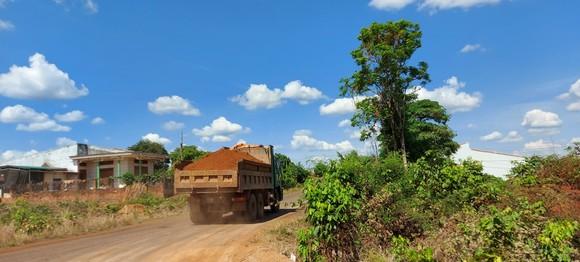 Vụ doanh nghiệp khai thác đất lậu để thi công đường: Đất vi phạm tăng thêm hơn 200m³ ảnh 2