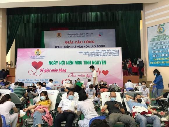 Đà Nẵng: Bác bỏ thông tin nhiều người Hàn Quốc sống tại tòa nhà Azura bị sốt  ảnh 1