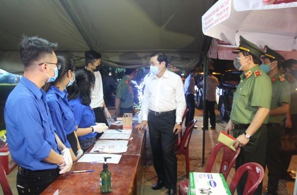 Hơn 1200 tình nguyện viên Đà Nẵng tham gia phòng, chống dịch Covid-19 ảnh 5
