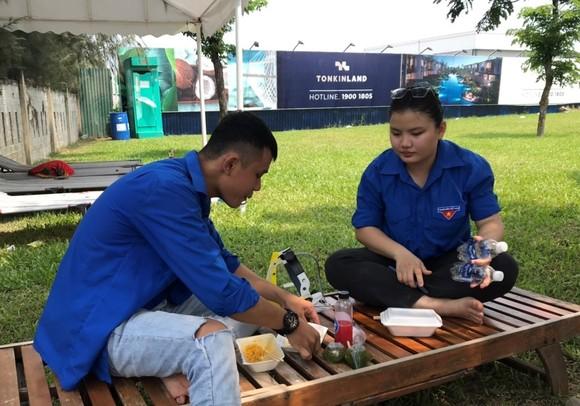 Hơn 1200 tình nguyện viên Đà Nẵng tham gia phòng, chống dịch Covid-19 ảnh 3