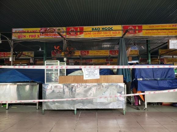 Người dân Đà Nẵng phấn khởi khi được cho hàng quán bán online và mang về ảnh 3