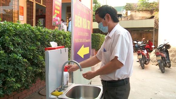 Điểm rửa tay tại UBND xã Hòa Châu, huyện Hòa Vang, thành phố Đà Nẵng