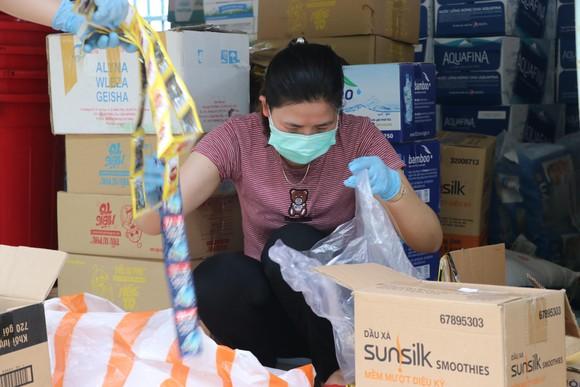 Đà Nẵng khẩn trương hoàn thành Bệnh viện dã chiến tại cung thể thao Tiên Sơn ảnh 9