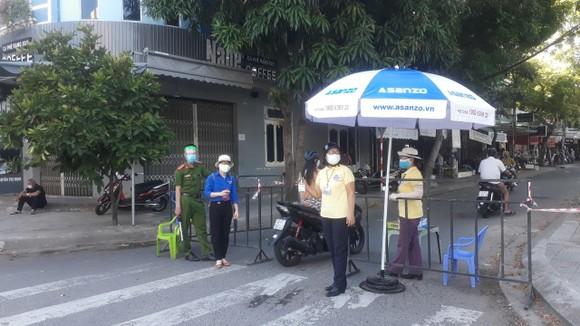 Chốt kiểm soát tại chợ An Hảo Bắc (quận Sơn Trà, TP Đà Nẵng)