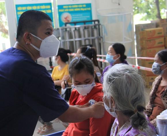 Ngày 26-8, Đà Nẵng cho xuất viện 34 bệnh nhân Covid-19  ảnh 8