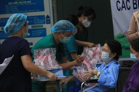 Ngày 26-8, Đà Nẵng cho xuất viện 34 bệnh nhân Covid-19  ảnh 13