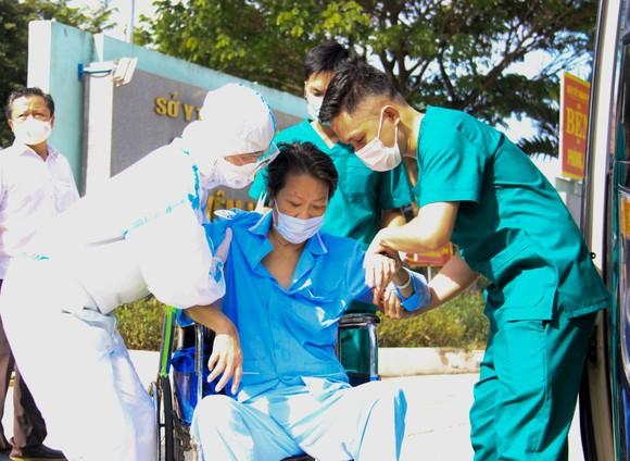 Ngày 26-8, Đà Nẵng cho xuất viện 34 bệnh nhân Covid-19  ảnh 14