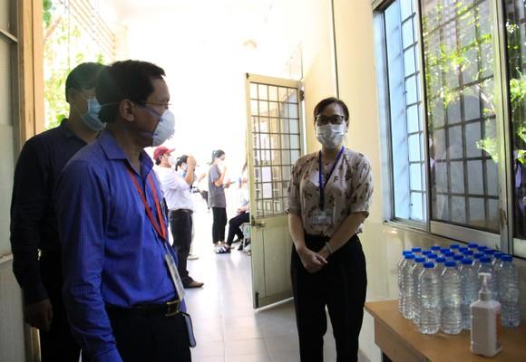 Đà Nẵng: Bộ GD-ĐT kiểm tra công tác tổ chức Kỳ thi tốt nghiệp THPT đợt 2 ảnh 9