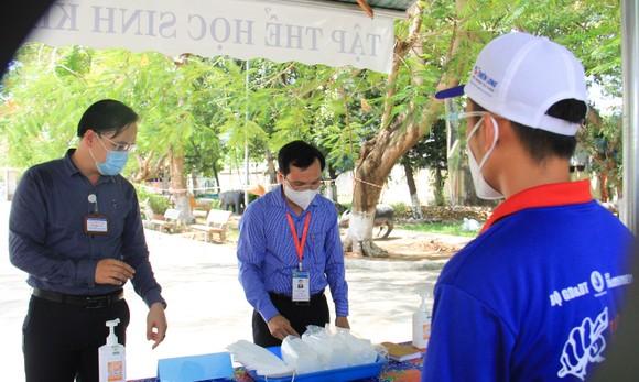 Đà Nẵng: Bộ GD-ĐT kiểm tra công tác tổ chức Kỳ thi tốt nghiệp THPT đợt 2 ảnh 2