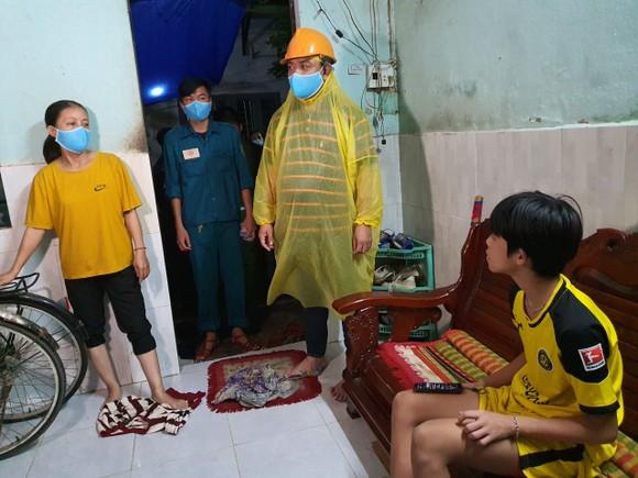 Đà Nẵng vận động sơ tán người dân đến nơi trú ẩn an toàn  ảnh 5