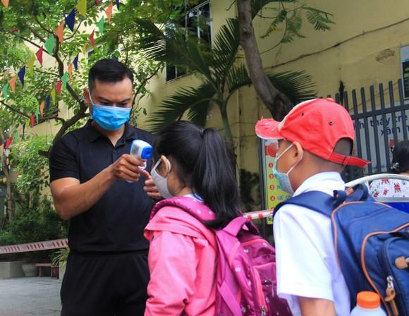 Đà Nẵng: Học sinh tiểu học, trẻ mầm non quay lại trường sau dịch bệnh ảnh 1