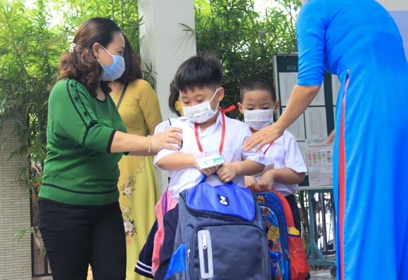 Đà Nẵng: Học sinh tiểu học, trẻ mầm non quay lại trường sau dịch bệnh ảnh 9