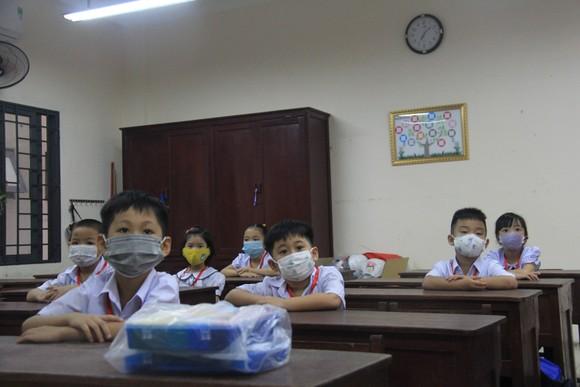 Đà Nẵng: Học sinh tiểu học, trẻ mầm non quay lại trường sau dịch bệnh ảnh 11