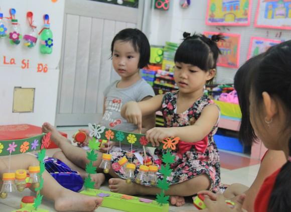 Đà Nẵng: Học sinh tiểu học, trẻ mầm non quay lại trường sau dịch bệnh ảnh 16