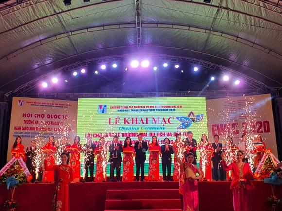 Khai mạc Hội chợ Quốc tế Thương mại, Du lịch và Đầu tư hành lang kinh tế Đông Tây - Đà Nẵng 2020 ảnh 1