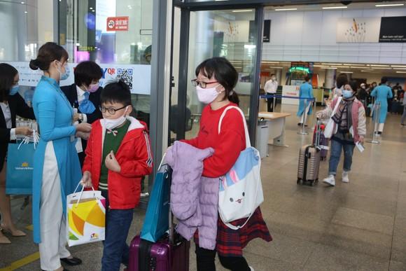 Đà Nẵng đón chuyến bay đầu tiên năm 2021 ảnh 2
