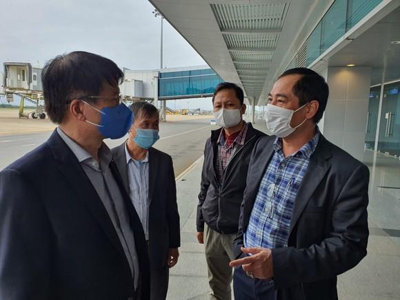 Bộ Y tế kiểm tra quy trình cách ly y tế người nhập cảnh tại TP Đà Nẵng ảnh 1