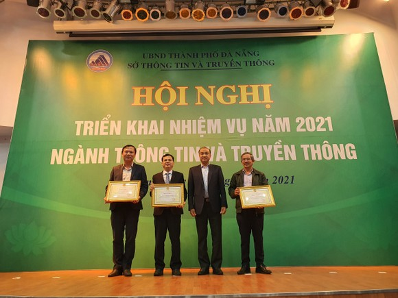Đà Nẵng: Ký kết hỗ trợ thí điểm triển khai chuyển đổi số ảnh 1