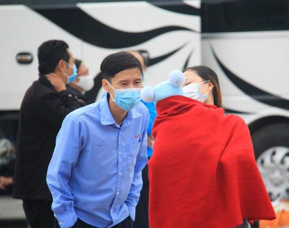 Đà Nẵng hỗ trợ xe đưa 3.000 lao động về quê đón tết ảnh 10