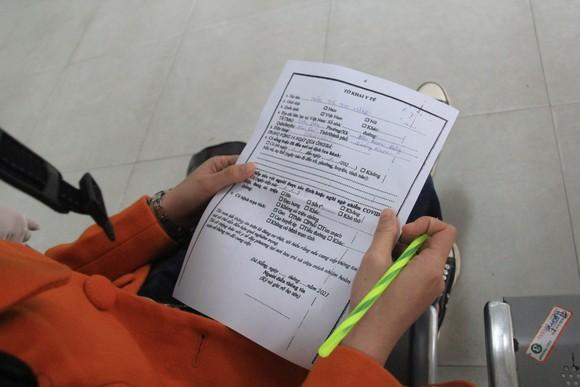 Đà Nẵng: Lập chốt chặn phòng dịch, người dân an tâm đón tết ảnh 7
