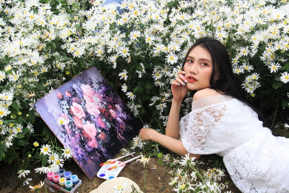 Đà Nẵng: Người dân hào hứng với vườn cúc họa mi trái mùa  ảnh 6