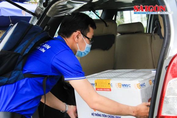Nhân viên ở Bệnh viện Phổi Đà Nẵng sẽ được tiêm vaccine Covid-19 ảnh 2
