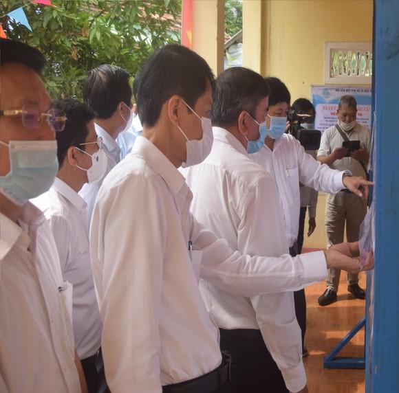 Việc xét nghiệm giúp ngăn ngừa khả năng lây lan của dịch Covid-19, phục vụ an toàn cho công tác bầu cử