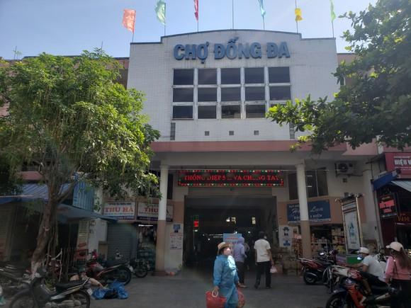Đà Nẵng: Ngày đầu người dân đi chợ bằng thẻ để phòng chống dịch Covid-19 ảnh 1
