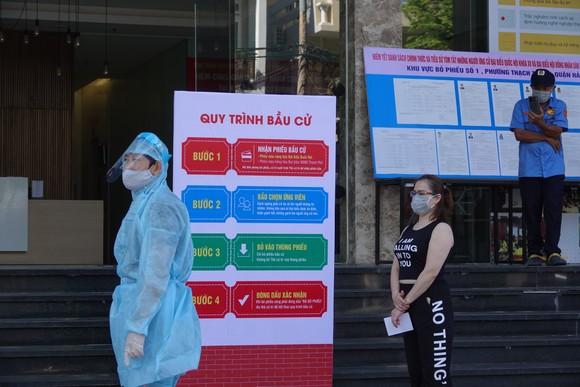 Đà Nẵng: Diễn tập bầu cử tại khu vực phong toả chung cư F-Home ảnh 2
