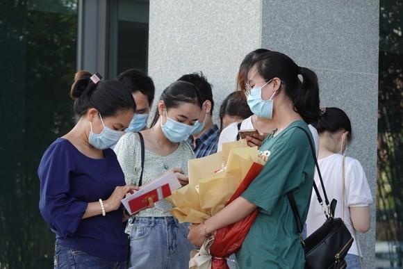 Đoàn y, bác sĩ Đà Nẵng lên đường chi viện cho 'tâm dịch' Bắc Giang  ảnh 3