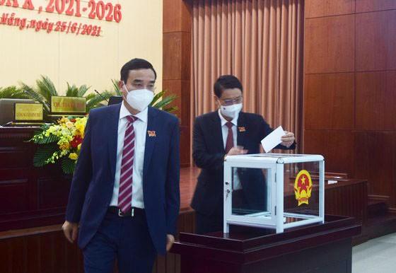 Chủ tịch HĐND và Chủ tịch UBND TP Đà Nẵng tái đắc cử ảnh 2