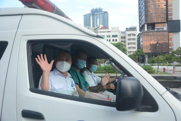 15 nhân viên Trung tâm cấp cứu 115 Đà Nẵng chi viện cho TPHCM ảnh 2