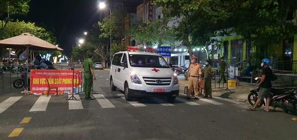 Đà Nẵng: Phong tỏa 4 phường thuộc quận Sơn Trà, người dân không ra đường sau 20 giờ ảnh 11