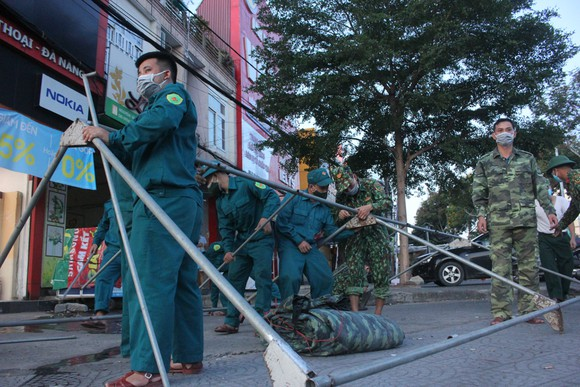Đà Nẵng: Phong tỏa 4 phường thuộc quận Sơn Trà, người dân không ra đường sau 20 giờ ảnh 3