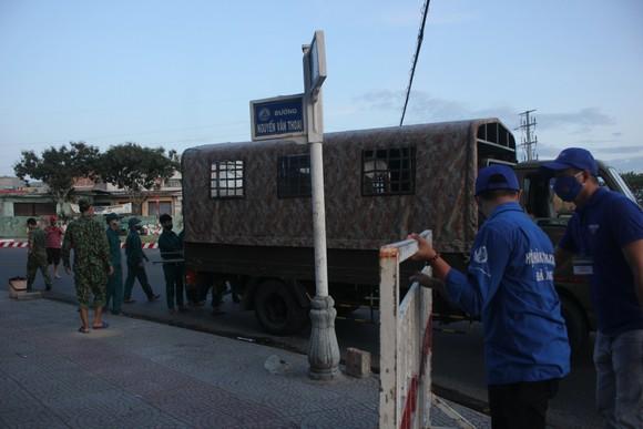 Đà Nẵng: Phong tỏa 4 phường thuộc quận Sơn Trà, người dân không ra đường sau 20 giờ ảnh 2