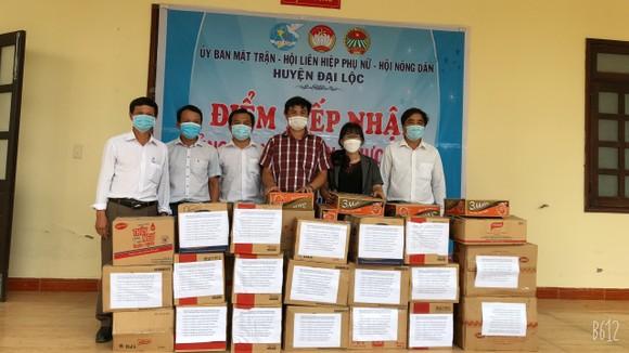 Quảng Nam hỗ trợ cho Đà Nẵng hơn 30 tấn thực phẩm thiết yếu ảnh 4
