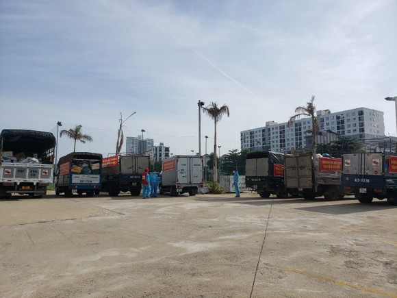 Quảng Nam hỗ trợ cho Đà Nẵng hơn 30 tấn thực phẩm thiết yếu ảnh 5
