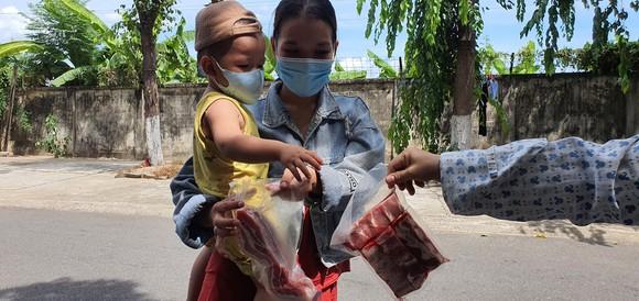 Đà Nẵng dự kiến hỗ trợ hàng tươi và khô cho người nghèo trong 7 ngày
