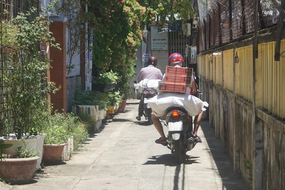 Hiện các Ban điều hành tổ dân phố đang làm việc hết công suất để đáp ứng kịp thời nhu cầu của người dân