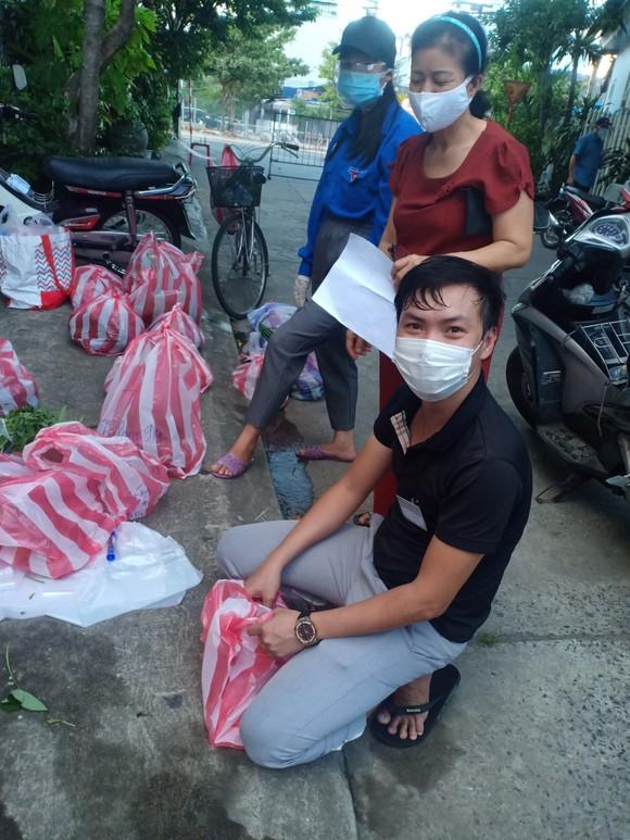 Đà Nẵng: Tổ phòng chống Covid-19 cộng đồng lập app đi chợ giúp dân ảnh 1