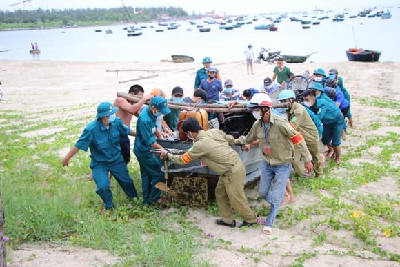 Đà Nẵng: Tất bật chống bão Conson giữa dịch Covid-19 ảnh 2