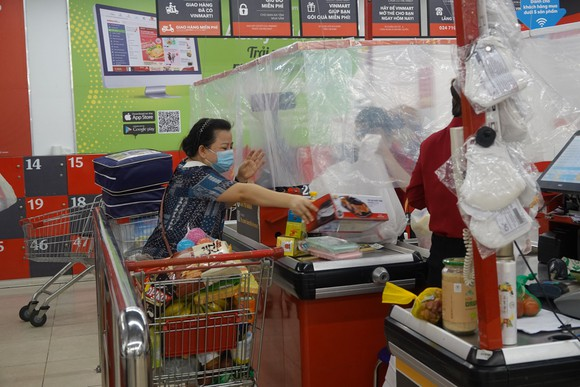 Người dân hào hứng khi Đà Nẵng nới lỏng các hoạt động  ảnh 2