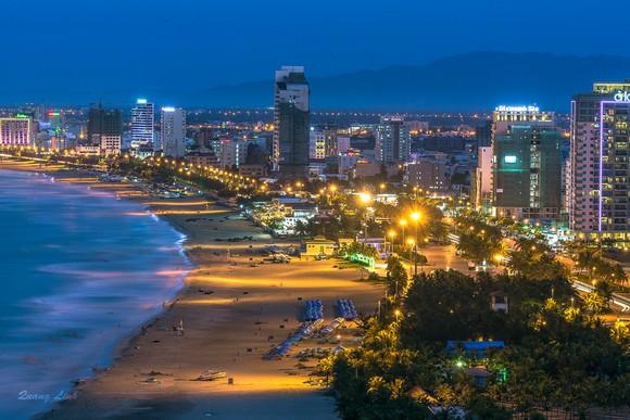 Thời gian trước, TP Đà Nẵng có phương án thí điểm vui chơi đêm ở bãi biển kích cầu du lịch thời Coivid-19