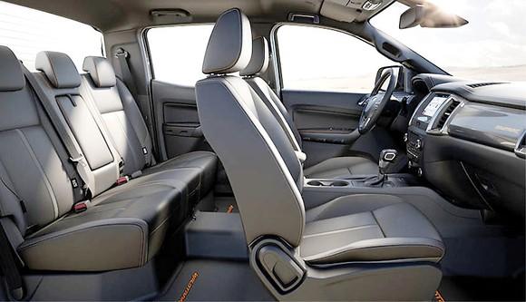 Nội thất của Ford Ranger sẵn sàng đương đầu với thử thách khắc nghiệt của thời gian ảnh 1