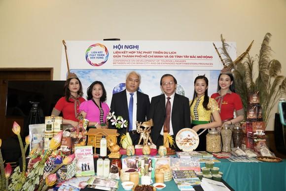 Vietjet cùng liên kết du lịch TPHCM với Tây Bắc, Đông Bắc và miền Trung ảnh 3