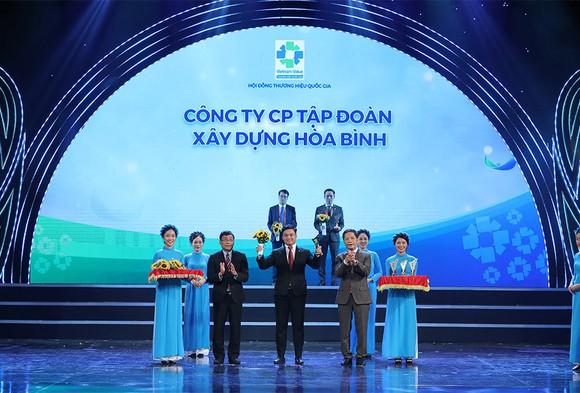 Tập đoàn Xây dựng Hòa Bình - Nhà thầu xây dựng 7 lần liên tiếp đạt Thương hiệu Quốc gia Việt Nam ảnh 1