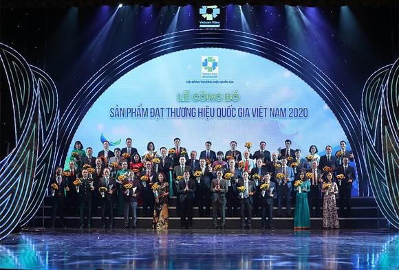 Tập đoàn Xây dựng Hòa Bình - Nhà thầu xây dựng 7 lần liên tiếp đạt Thương hiệu Quốc gia Việt Nam ảnh 2