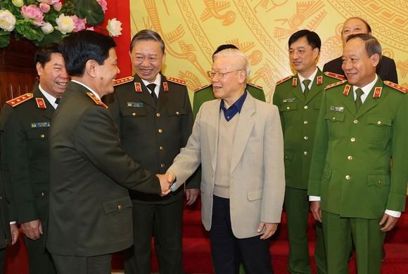 Tổng Bí thư, Chủ tịch nước Nguyễn Phú Trọng với các đại biểu dự hội nghị. Ảnh: TTXVN