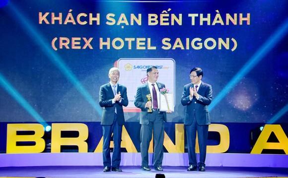 Rex Hotel Saigon được bình chọn nhận Giải thưởng Thương Hiệu Vàng TPHCM năm 2020